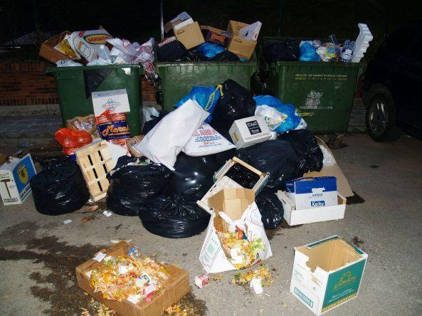 2 dias basura en la calle