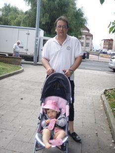 de paseo con la nietuca