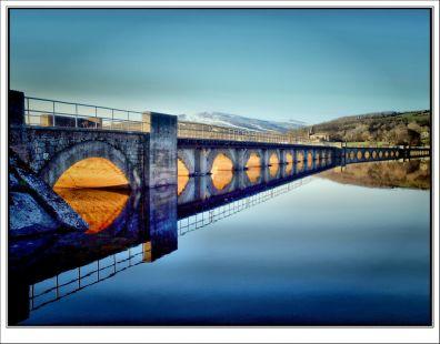 El puente iluminado