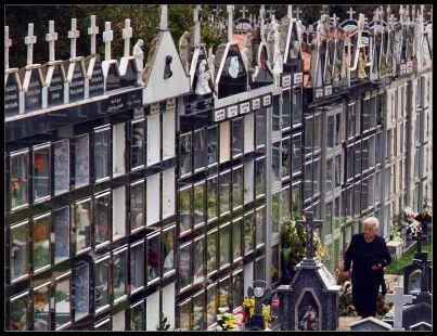 La ciudad de los muertos .