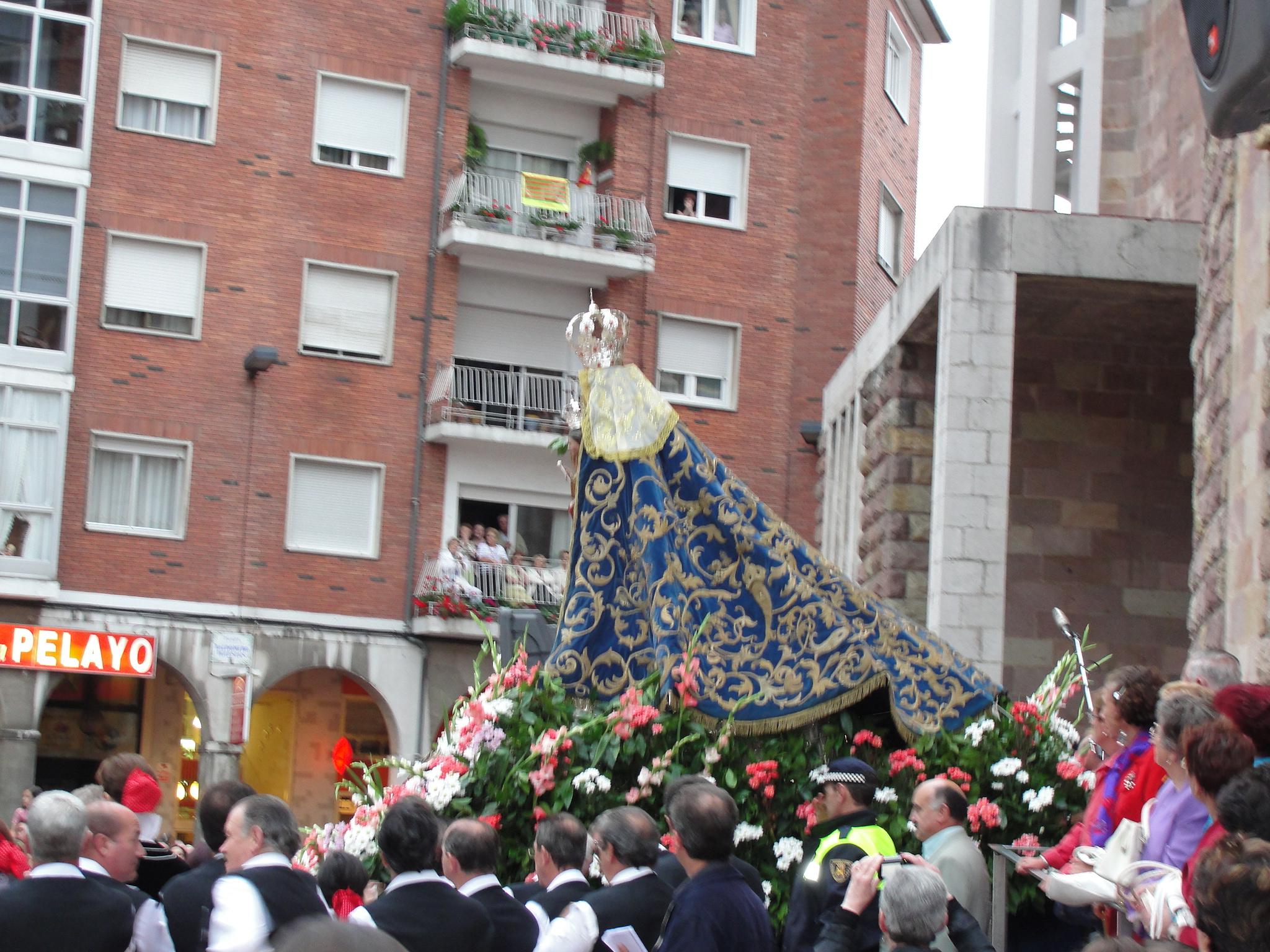 popular Virgen grande