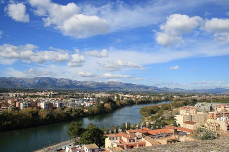 RIO EBRO A SU PASO POR TORTOSA