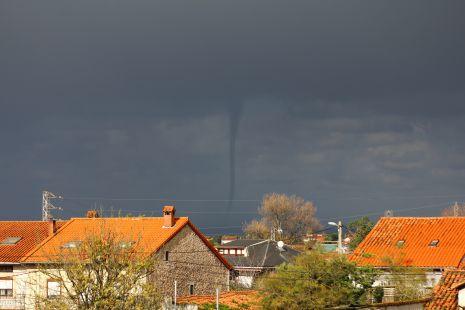 Tornado en la mar