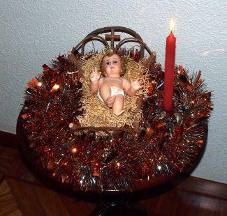 JESÚS recién nacido.