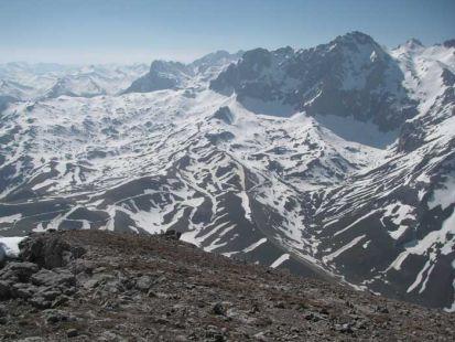 Peña Vieja desde la cumbre del Pico Cortés