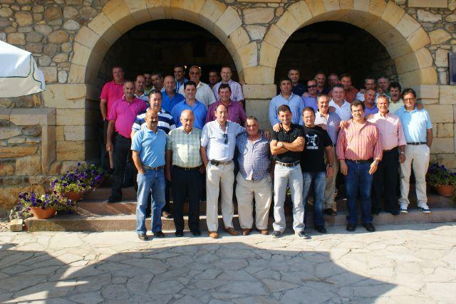 Los de Labarces se reunieron un año mas el sabado 13 de agosto en el Palacio del Bracho para su comida anual.