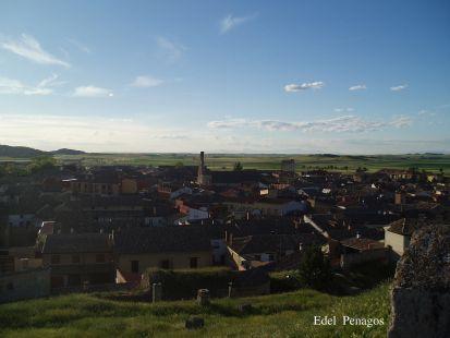 Panoramica de Astudillo,  desde el Castillo de La Mota. Provincia de Palencia. Castilla y Le�n