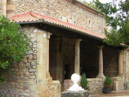 Caviedes, la iglesia