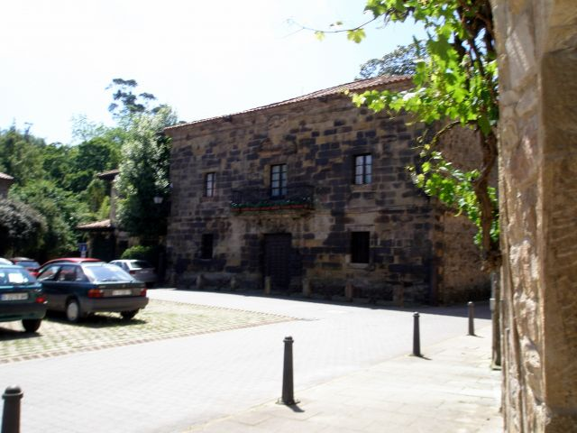Casa de los Caones (Lirganes).