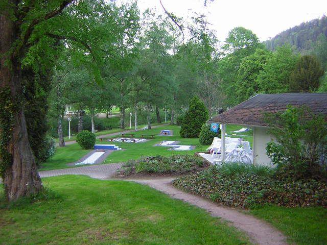Minigolf en el parque de Paracelse