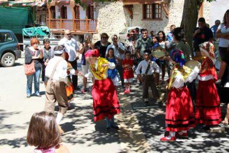 Fiestas de la Virgen de las Nieves en Tudes y Porcieda