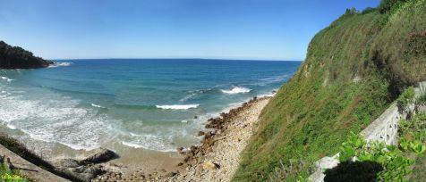 Playa de Luaña en Cobreces, desde la terraza de la Utrera