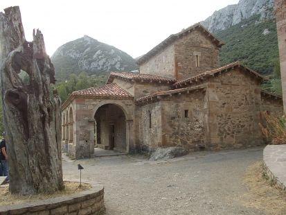 Iglesia Mozárabe Santa Maria de Lebeña