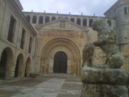 Santillana, La Colegiata
