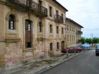 Cobreces,  antiguo Colegio San José
