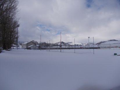 Campo del Naval nevado. 20 cm.070213