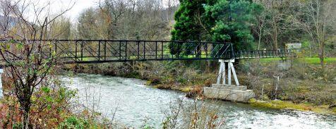 Crecida bajo el puente barrio Covadonga