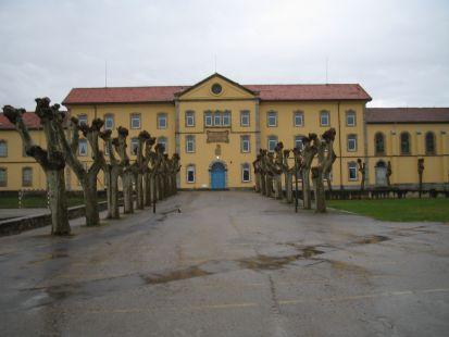 Colegio Quirós, Cóbreces