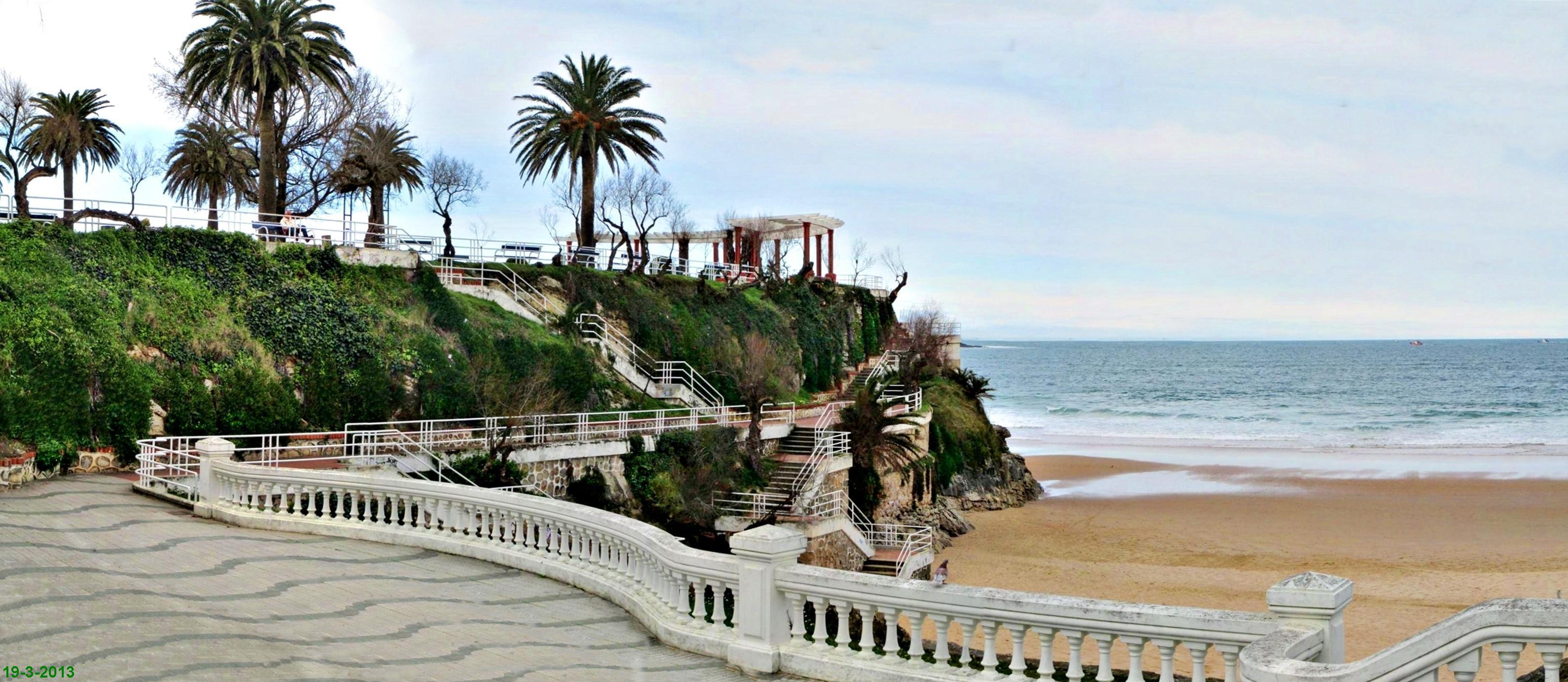 jardines de piquio y playa fotos de santander