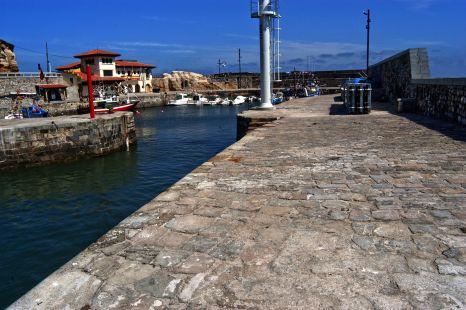 puerto de Comillas