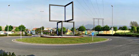 Torrelavega, glorieta cuatro cuadros