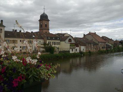 En Raon la Etape, en bordure de la Meurthe.