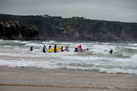 SURF Y LLUVIA 2