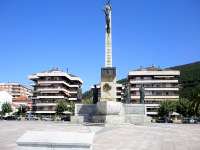 Monumento a Carrero Blanco (Santoña).