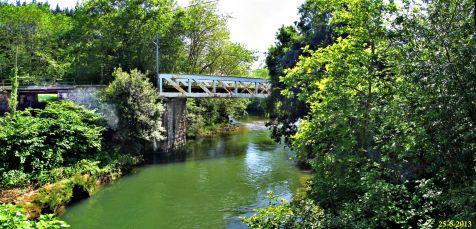 Puente de FEVE sobre el Saja en Quijas