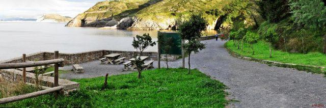 Merendero en la costa de Castro Urdiales