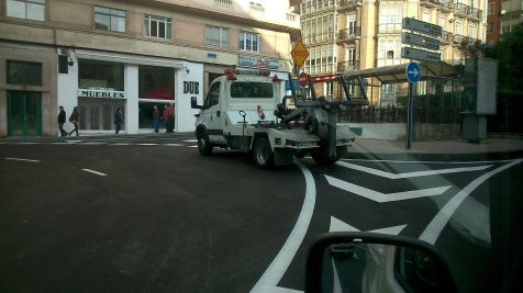 Las Grúas Municipales a la caza del infractor