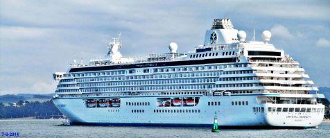 El Crystal Serenity quita el puerto de Santander