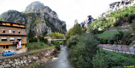 Rio Deva a su paso por la Hermida