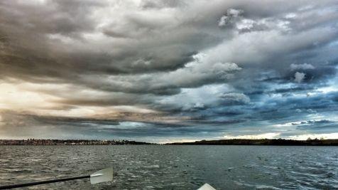 Otra mirada al tormentoso cielo