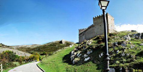 Hacia el Castillo de Argüeso